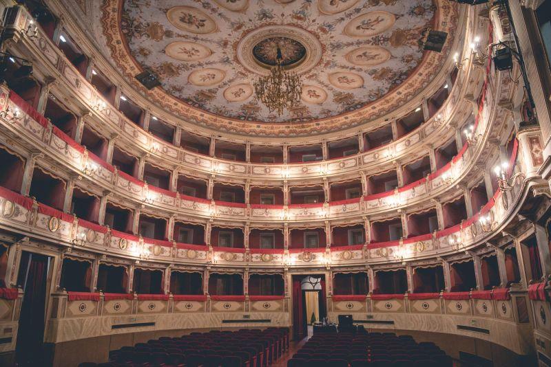 Il Teatro Comunale di Todi