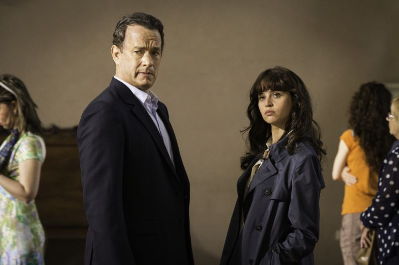 Tom Hanks e Felicity Jones