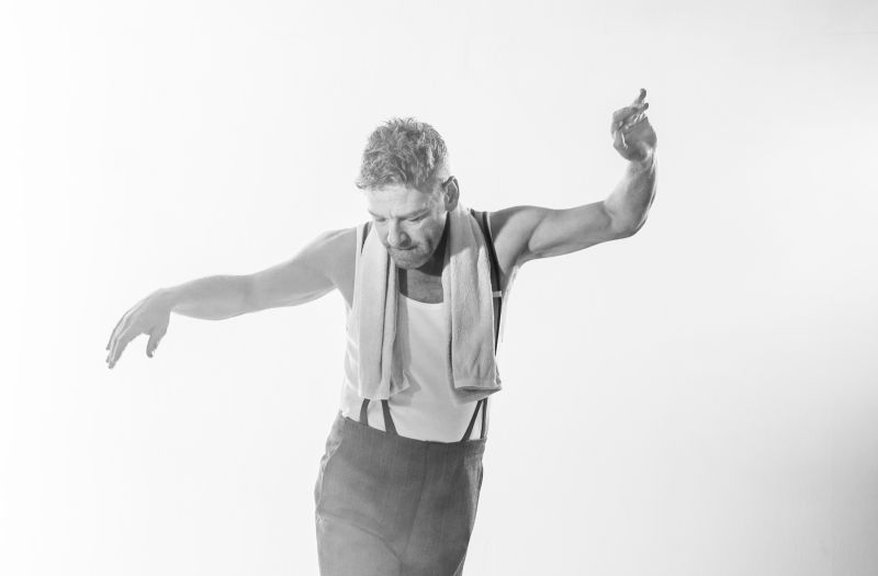 "Kenneth Branagh in ""The Entertainer"""