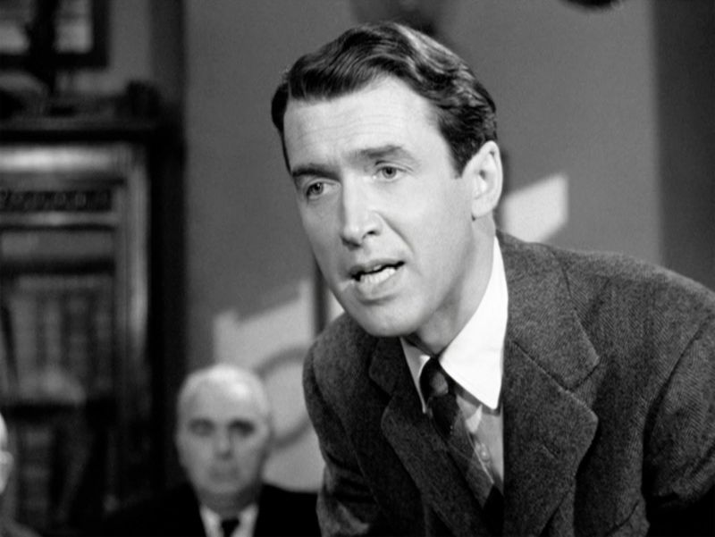James Stewart è George Bailey
