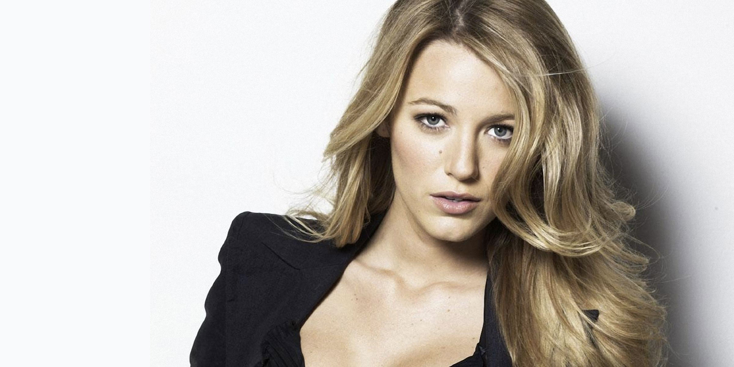 blake-lively-30-anni-cover