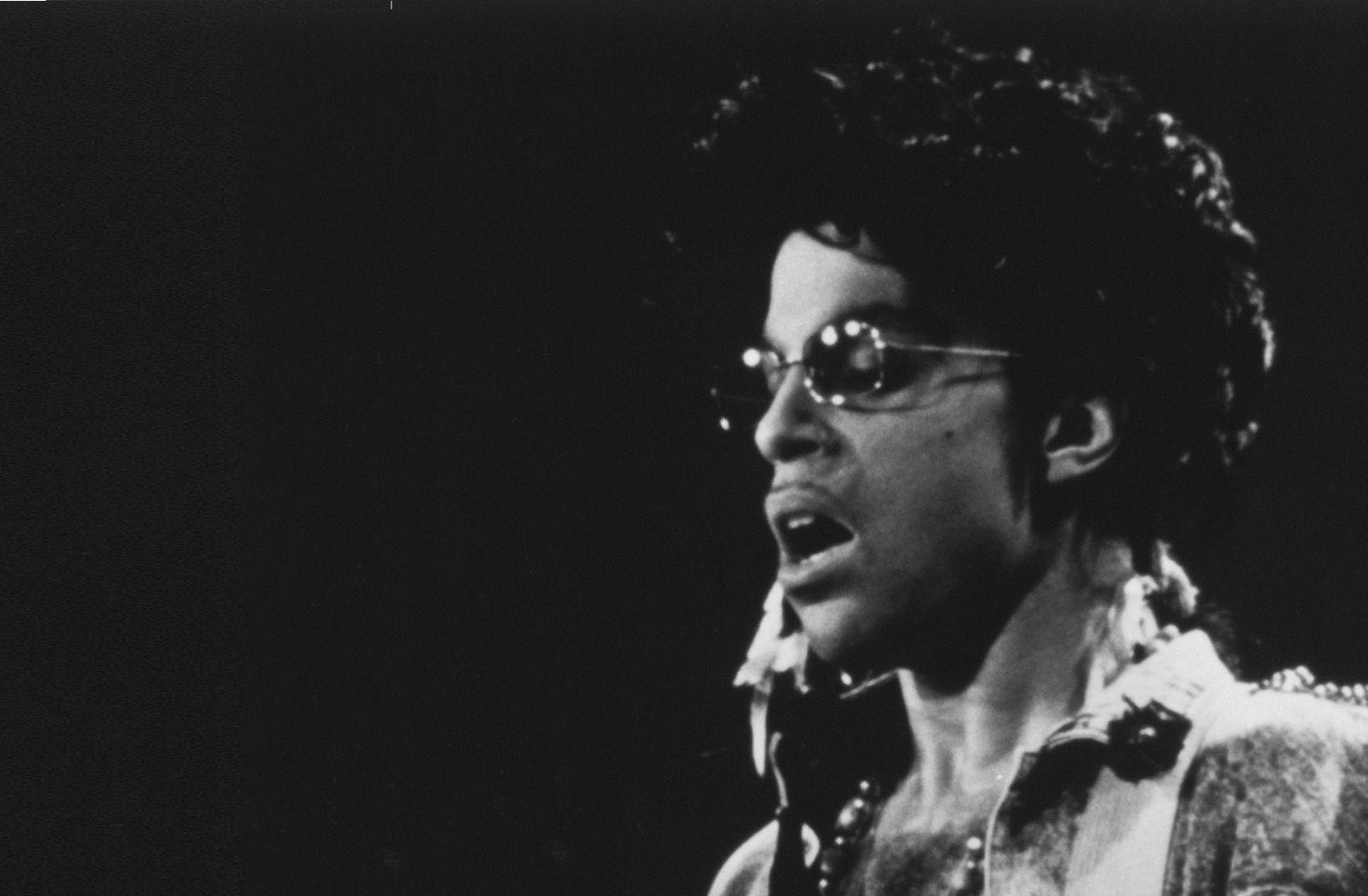 Prince, Sign O the Times_Kew Media Group_03