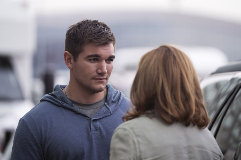 Alex Skarlatos - Copyright: © 2018 Warner Bros. Entertainment Inc., Village Roadshow Films North America Inc., Ratpac-Dune Entertainment Llc - U.S., Canada, Bahamas & Bermuda - Photo Credit: Keith Bernstein