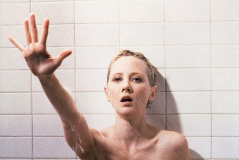"""La sequenza della doccia in """"Psycho"""", il remake di Gus Van Sant (1998)"""