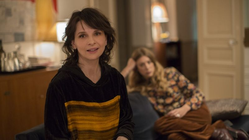 "Juliette Binoche in ""Double Vies"""