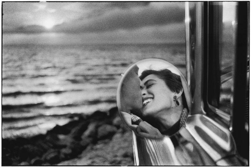 Elliott Erwitt, USA. California. 1956 © Elliott Erwitt/MAGNUM PHOTOS
