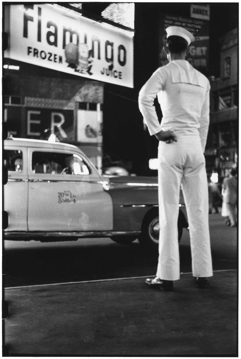 Elliott Erwitt, USA. New York City. 1950 © Elliott Erwitt/MAGNUM PHOTOS