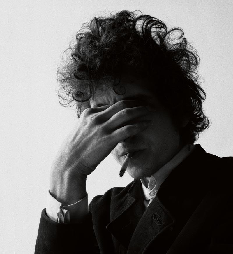 3. DYLAN Bobby Neuwirth gioca a fotografare Dylan 1965
