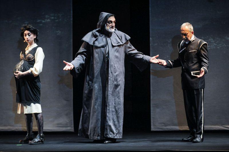 """Estate Teatrale Veronese Teatro Stabile Verona - Teatro della Toscana """"Misura per misura"""" di William Shakespeare Regia di Paolo Valerio"""