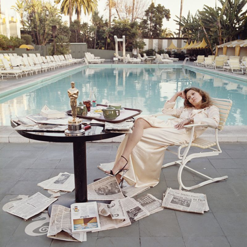 Faye Dunaway il giorno dopo aver ricevuto l'Oscar. Beverly Hills, 1977