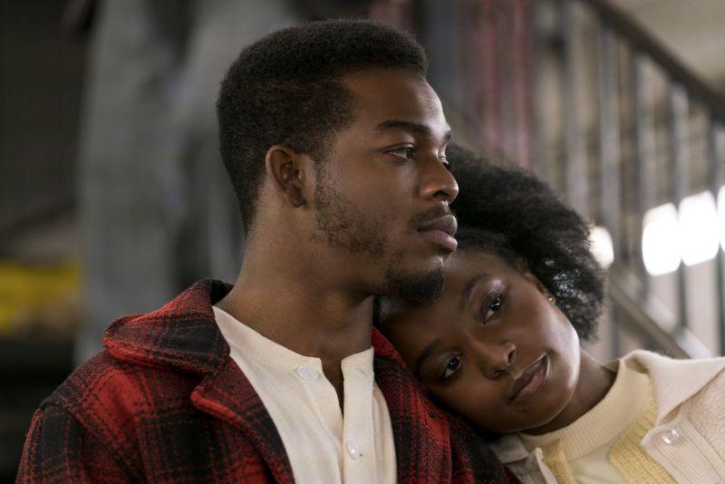 Stephan James (Fonny) e KiKi Layne (Tish)