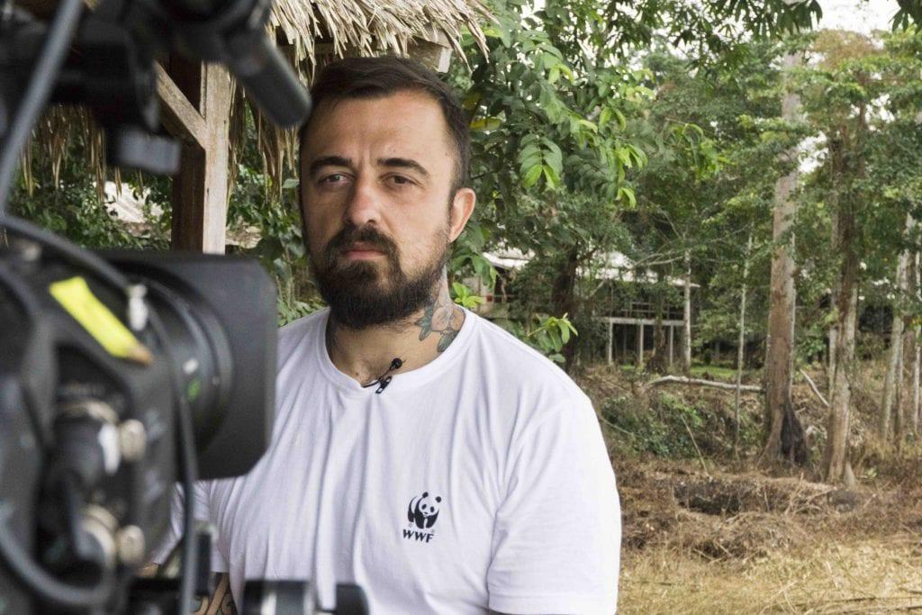 """Chef Rubio sul set di """"Adotta un Gorilla"""""""