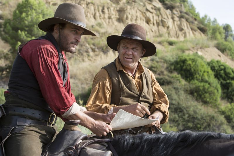 Joaquin Phoenix e John C. Reilly Credit : Magali Bragard / Annapurna Pictures