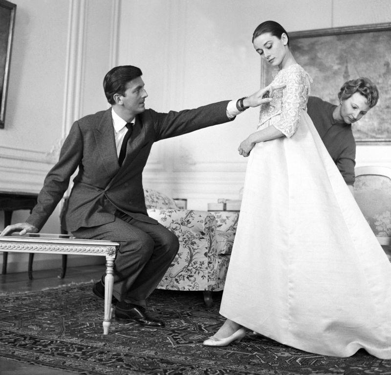 Hubert de Givenchy e Audrey Hepburn