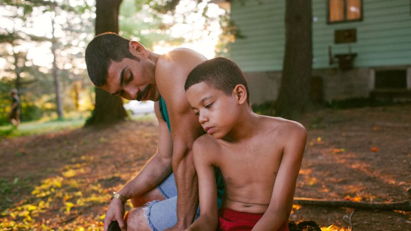 Raúl Castillo and Evan Rosado on the set of We the Animals
