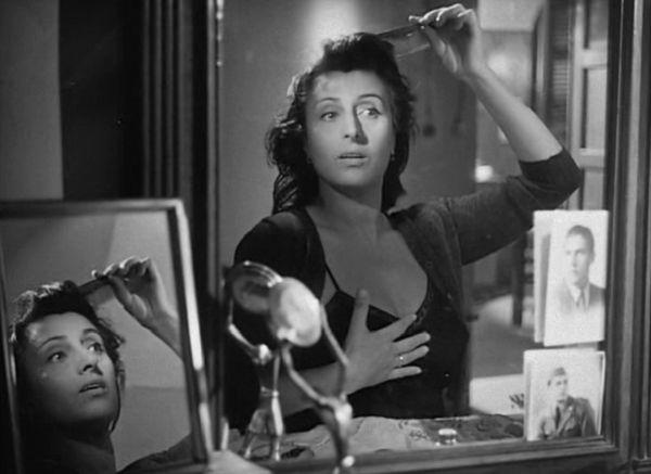 """Anna Magnani in """"Bellissima"""" di Luchino Visconti"""