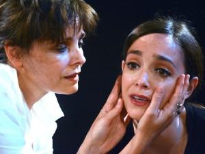 """Martina Galletta con Galatea Ranzi in """"Lezione da Sarah"""""""