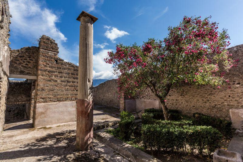 Italian Season - Pompei - I giardini dell'ozio