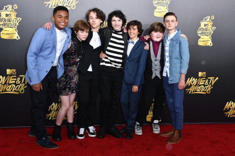 """Il giovane cast di """"It"""""""