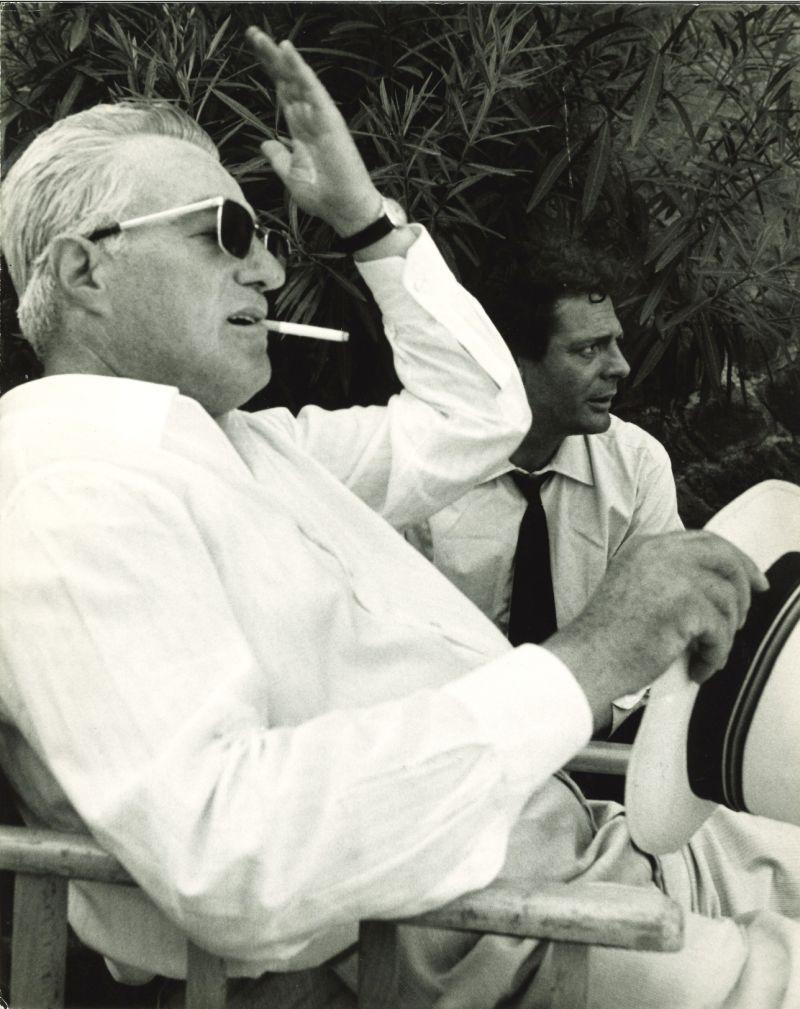 Pierluigi Praturlon, Vittorio De Sica e Marcello Mastroianni in Ieri, Oggi, Domani, 1963 - Lotto 59