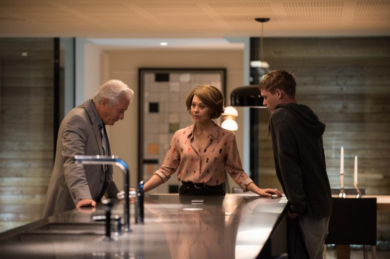 Richard Gere, Helen McCrory e Billy Howle in MotherFatherSon