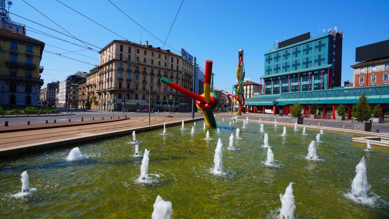 Milano during Covid 19 - Piazza Cadorna (foto di © Mauro Parmesani)