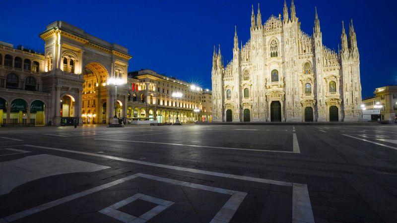 Milano during Covid 19 - Piazza Del Duomo (foto di © Mauro Parmesani)