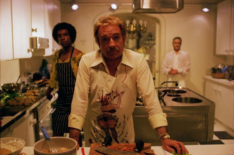 """Ne """"Il Vizietto"""", un cameralook in cucina, ai fornelli"""