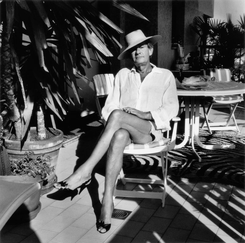 Helmut at home, Monte Carlo, 1987 (c) Foto Alice Springs, Helmut Newton Estate Courtesy Helmut Newton Foundation