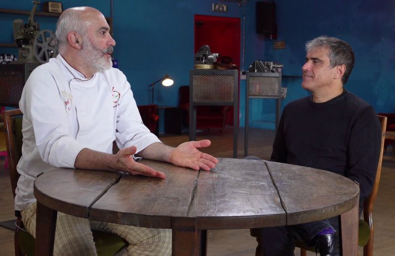 """Marco Lombardi con lo Chef Edoardo Papa per la puntata dedicata al film """"Lacci"""""""