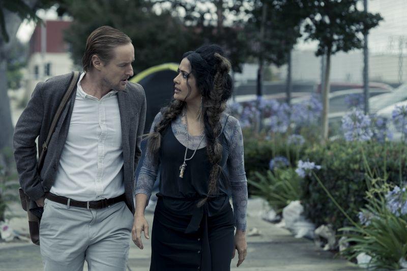 Salma Hayek e Owen Wilson (Photo: Hilary Bronwyn Gayle/Amazon Studios)