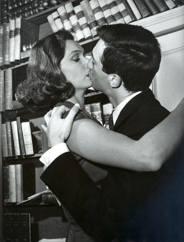 Olga Villi e Luca Ronconi (1955)