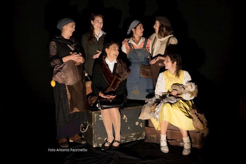 Da sinistra: Egle Doria, Leda Kreider, Carmen Panarello, Federica Carruba Toscano, Barbara Giordano, Isabella Giacobbe
