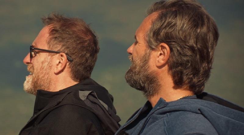 Valerio Mastandrea e Carlo Cracco (©️Prime Video & Amazon Studios)