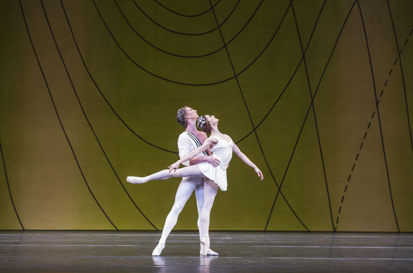 A scene from Ashton Mixed Bill by The Royal Ballet @ Royal Opera House (Opening 18-10-14) ©Tristram Kenton 10/14