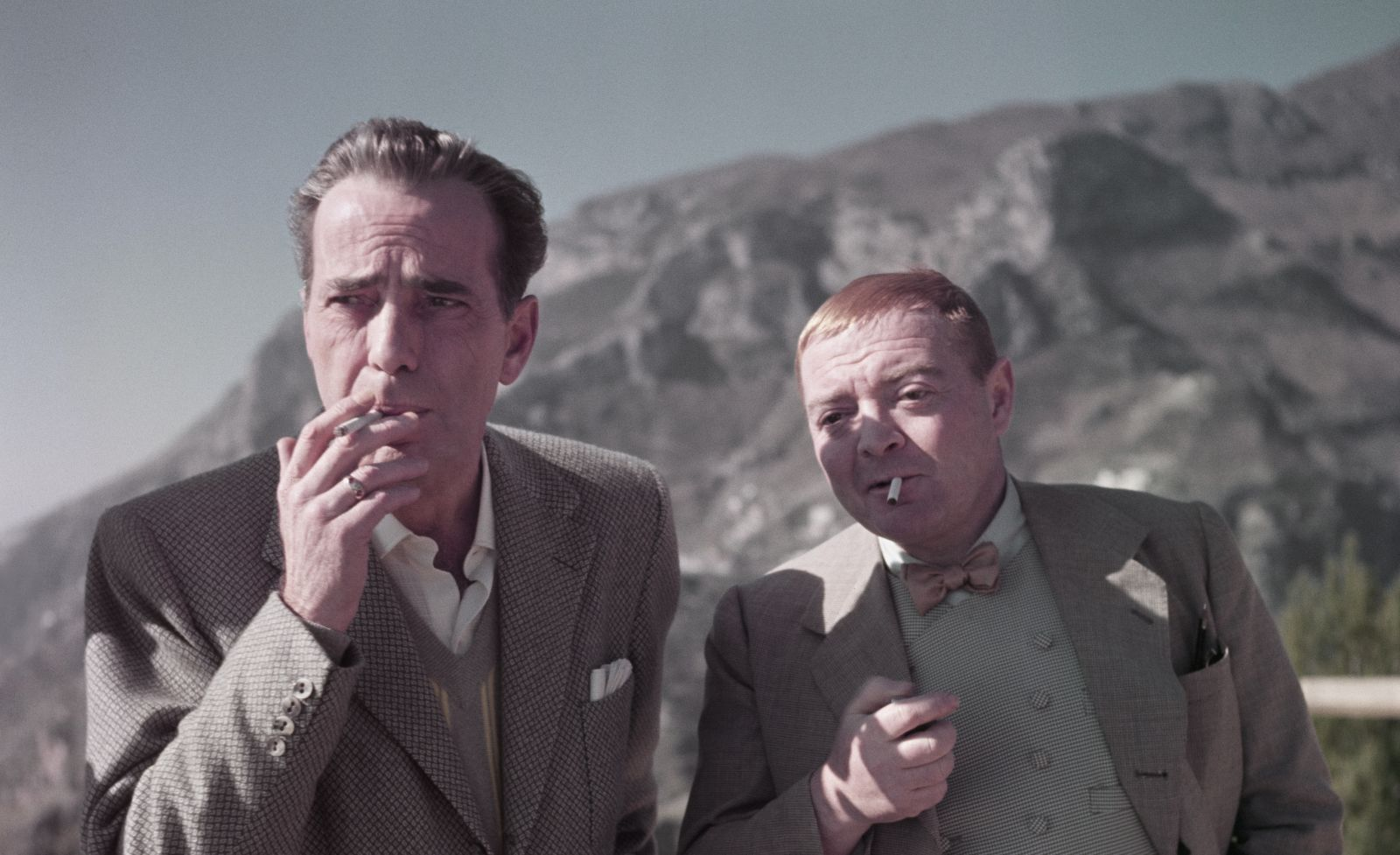 Humphrey Bogart e Peter Lorre sul set di Il Tesoro dell_Africa_Aprile 1953_Credits Robert Capa International Center of Photography Magnum Photos