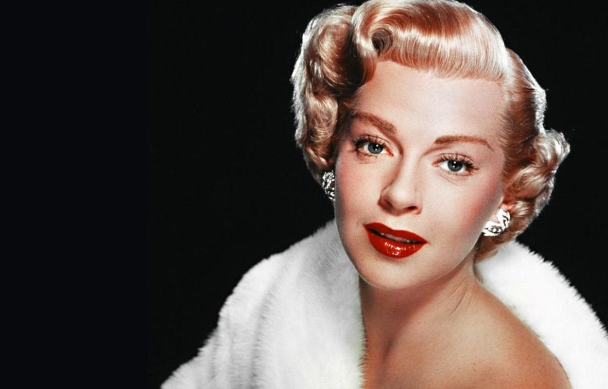 Lana Turner 0